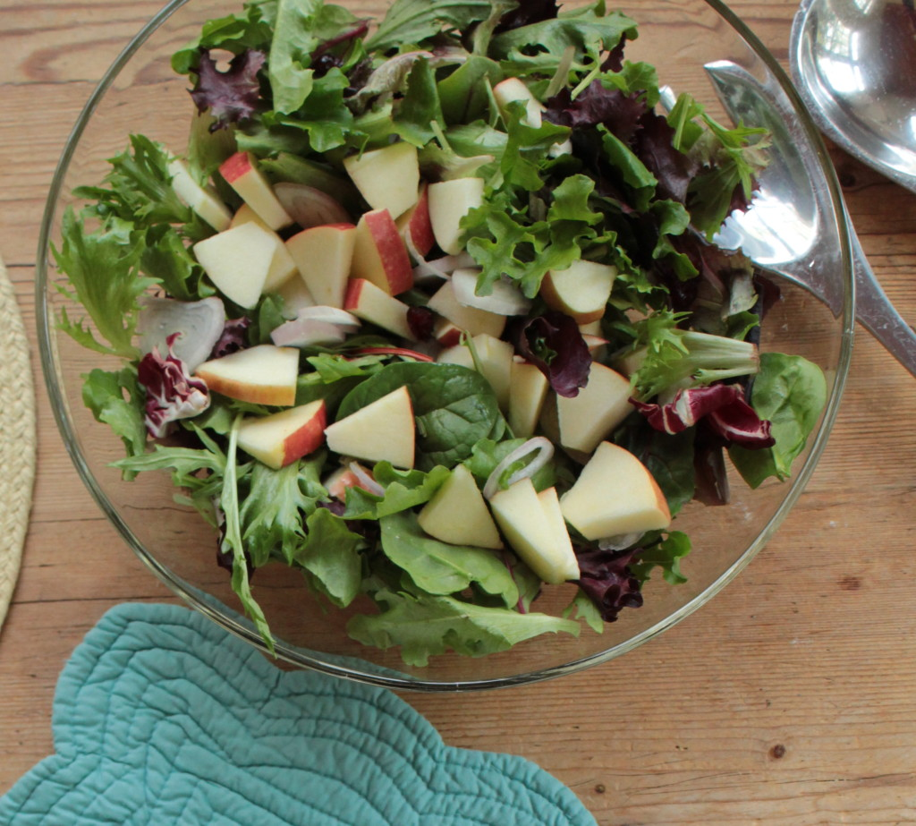 Spring Mix and Spinach Salad with Lemon Vinaigrette