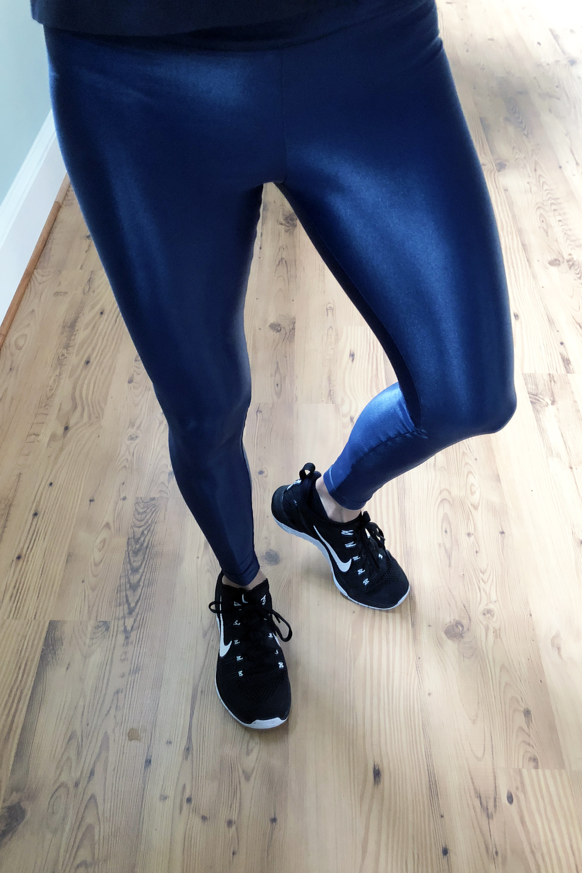 Are your leggings working as hard as you do? An active lifestyle requires a reliable  pair of leggings that fits like a glove, is easy to care for,  keeps you dry and comfortable,  and looks great  in the gym and beyond.